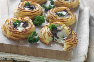 Cestini di patate al forno con funghi e scamorza - nidi di patate filanti ricetta Dulcisss in forno by Leyla