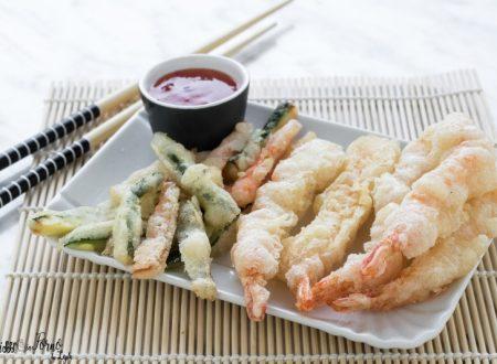 Tempura giapponese di gamberi e verdure, facile, croccante e leggera