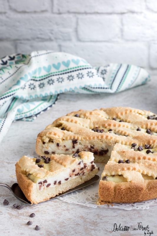 Crostata di ricotta e gocce di cioccolato, semplice e cremosa ricetta Dulcisss in forno by Leyla