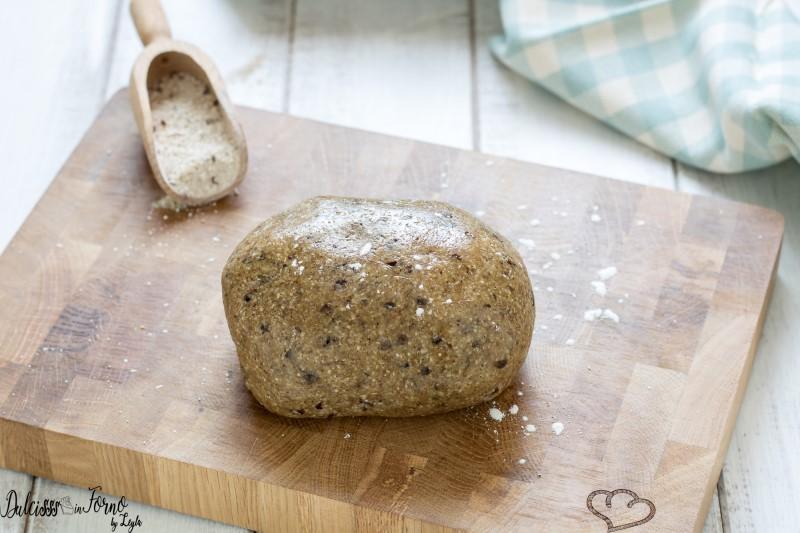 Pasta frolla di grano saraceno senza glutine e senza burro, con olio di semi