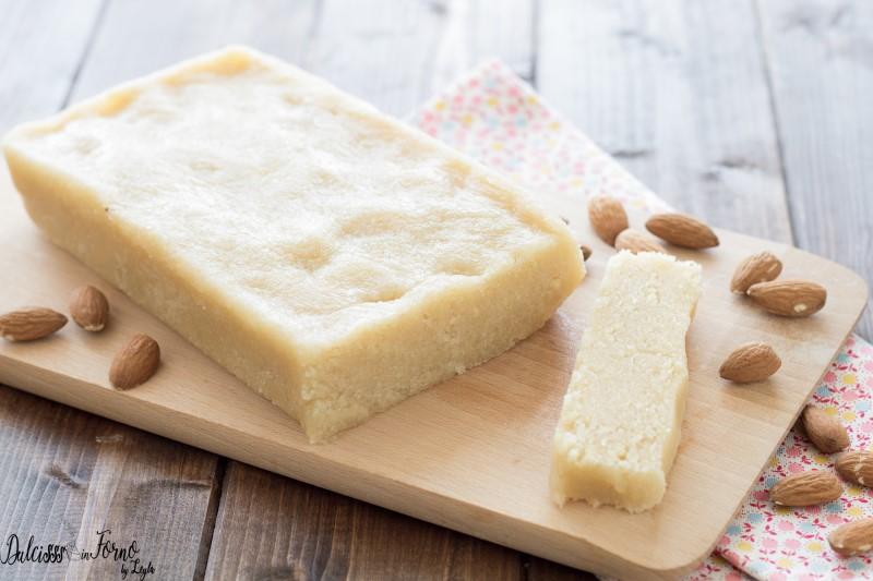 Panetto di pasta di mandorle per latte di mandorla, granita e gelato - ricetta