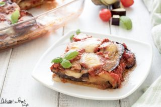 Parmigiana di melanzane al forno ricetta originale, classica e tradizionale