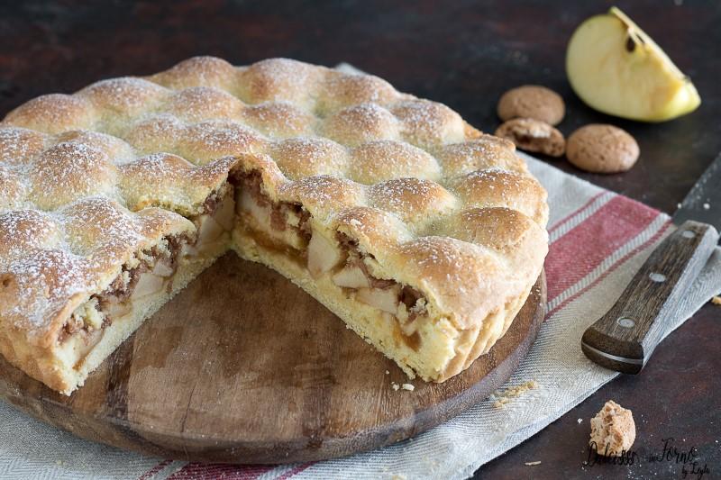 Crostata di mele e amaretti con marmellata o Torta Amamela