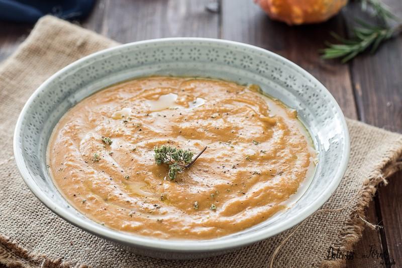 Vellutata di zucca gialla e patate la ricetta della crema di zucca e patate