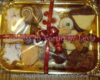 Biscotti di natale tedeschi - vassoio di biscotti di Dulcisss in forno