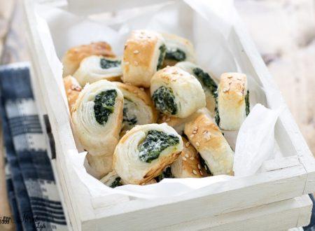Rustici di pasta sfoglia con spinaci