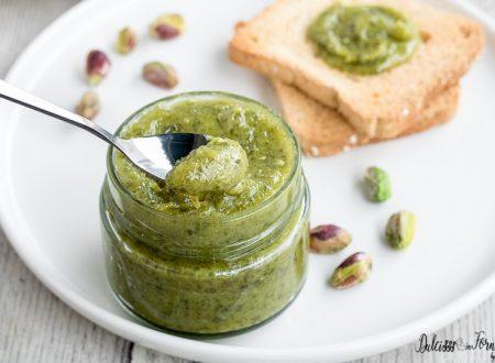 Crema al pistacchio, ricetta semplice e golosa