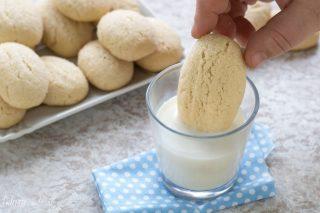 Biscotti da inzuppare nel latte - Biscotti da latte - Biscotti da inzuppo
