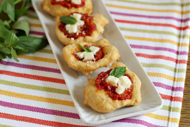 Ricetta pizzette fritte, ricetta pizzelle fritte napoletane o pizzette montanare