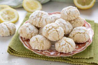 Biscotti al limone: biscotti morbidissimi al limone - biscotti morbidi al limone