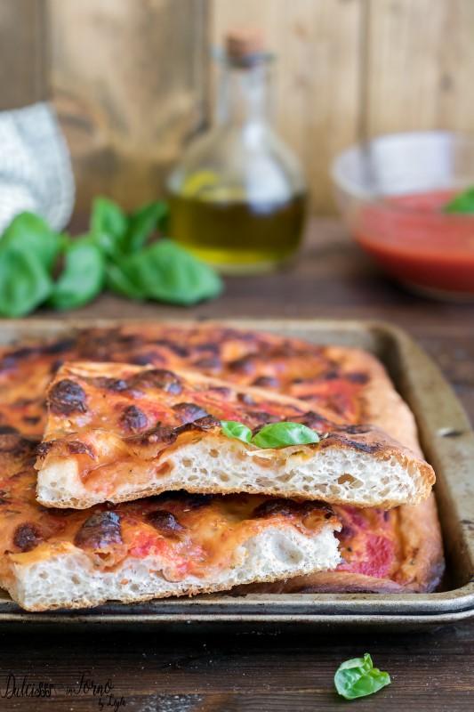 Impasto per pizza in teglia