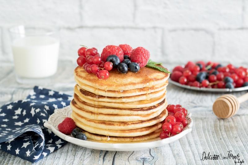 Ricetta Pancake Americani Giallo Zafferano.Ricetta Pancake Ricetta Pancake Americani Morbidissimi Dulcisss In Forno