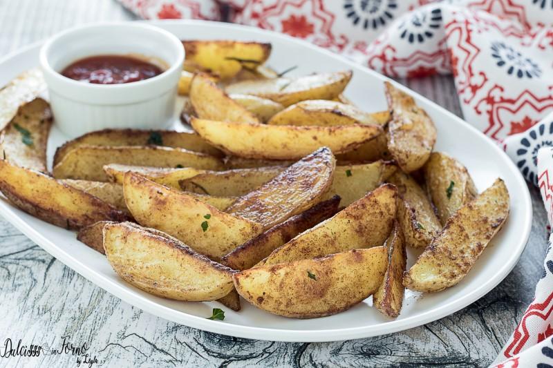 Patate al forno con buccia - Patatine al forno con la buccia - Patate alla paprika