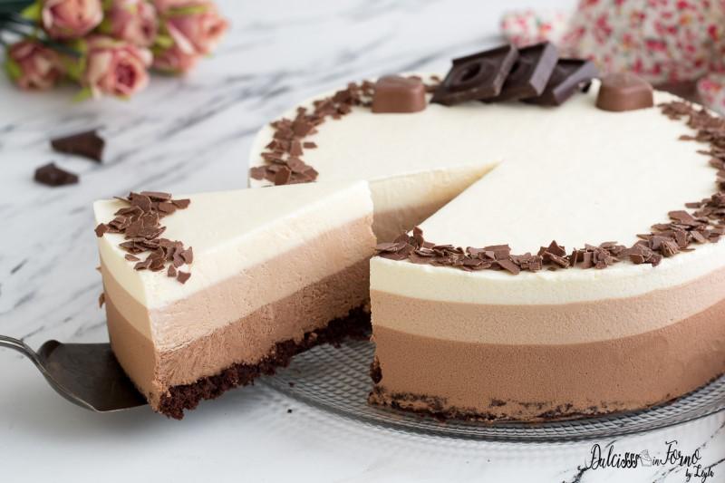 Torta ai tre cioccolati ricetta torta mousse ai tre cioccolati