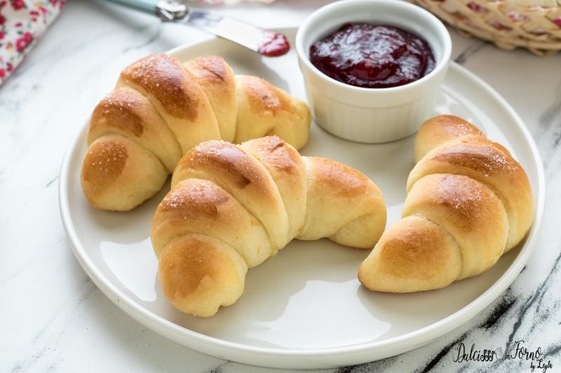 Brioches ricetta pan brioche - Cornetti di pasta brioche