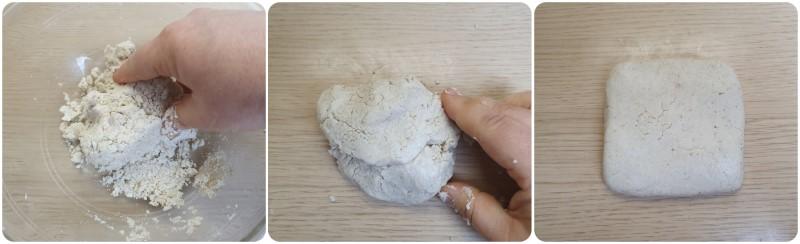 Impastare i Crackers senza lievitazione