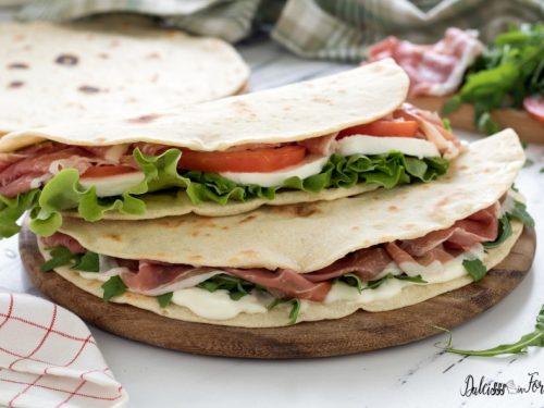 Piadina: la vera piadina romagnola fatta in casa con tutti i consigli