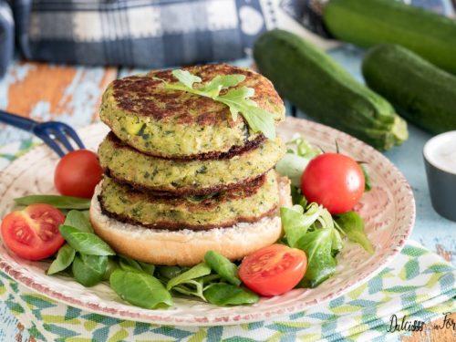 Hamburger di zucchine, leggeri e veloci