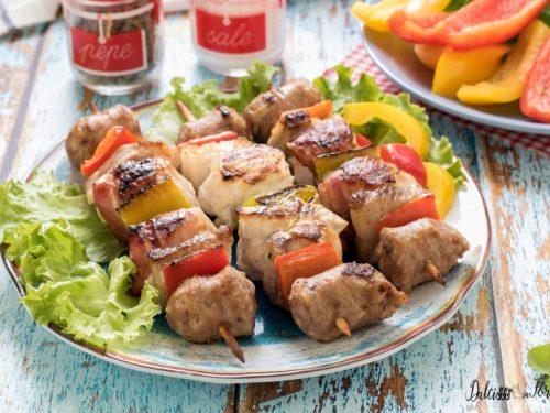 Spiedini di carne: la ricetta e come cucinarli