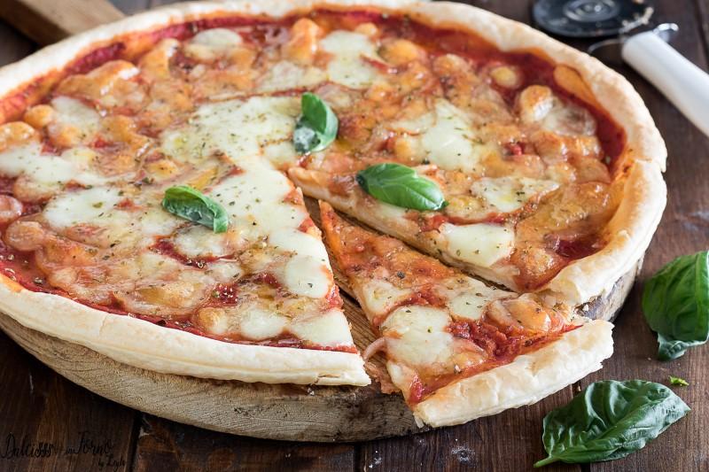 Pizza con pasta sfoglia ricetta