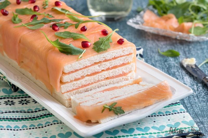 Antipasto con salmone ricetta mattonella con salmone affumicato