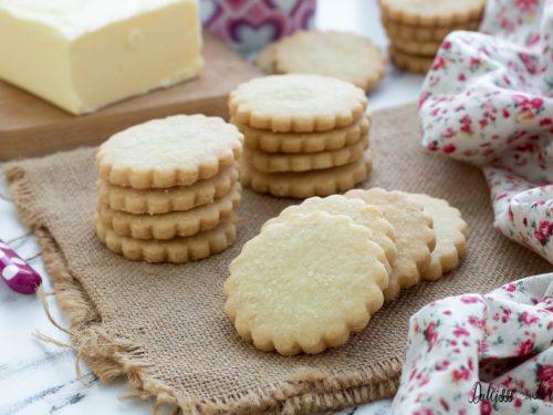 Biscotti di pasta frolla, ricetta facilissima per averli perfetti