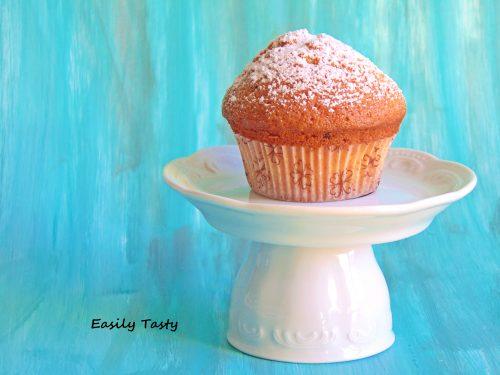 Muffin con pere frullate e gocce di cioccolato