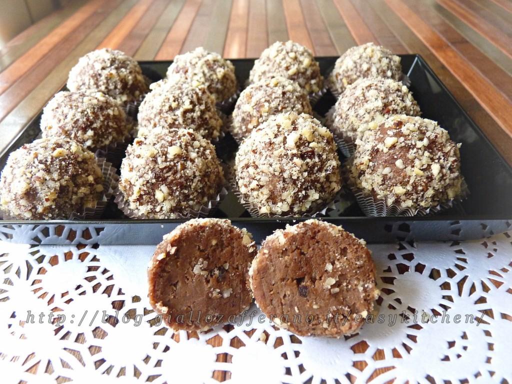 Dolcetti con cioccolato e pasta di nocciole ricetta dolci for Dolci e ricette