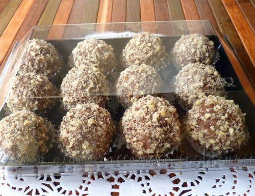 Dolcetti con cioccolato e pasta di nocciole ricetta dolci senza forno