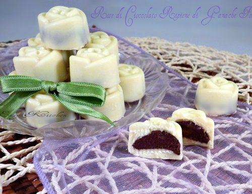 Rose di cioccolato ripiene di ganache fondente ricetta facile