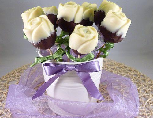 Rose cake pops al cioccolato ricetta elegante e romantica