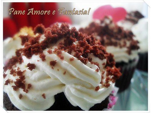 Filled cupcakes – cupcakes ripieni – frosting al formaggio