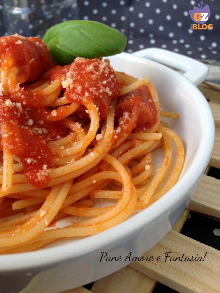 spaghetti con wurstel