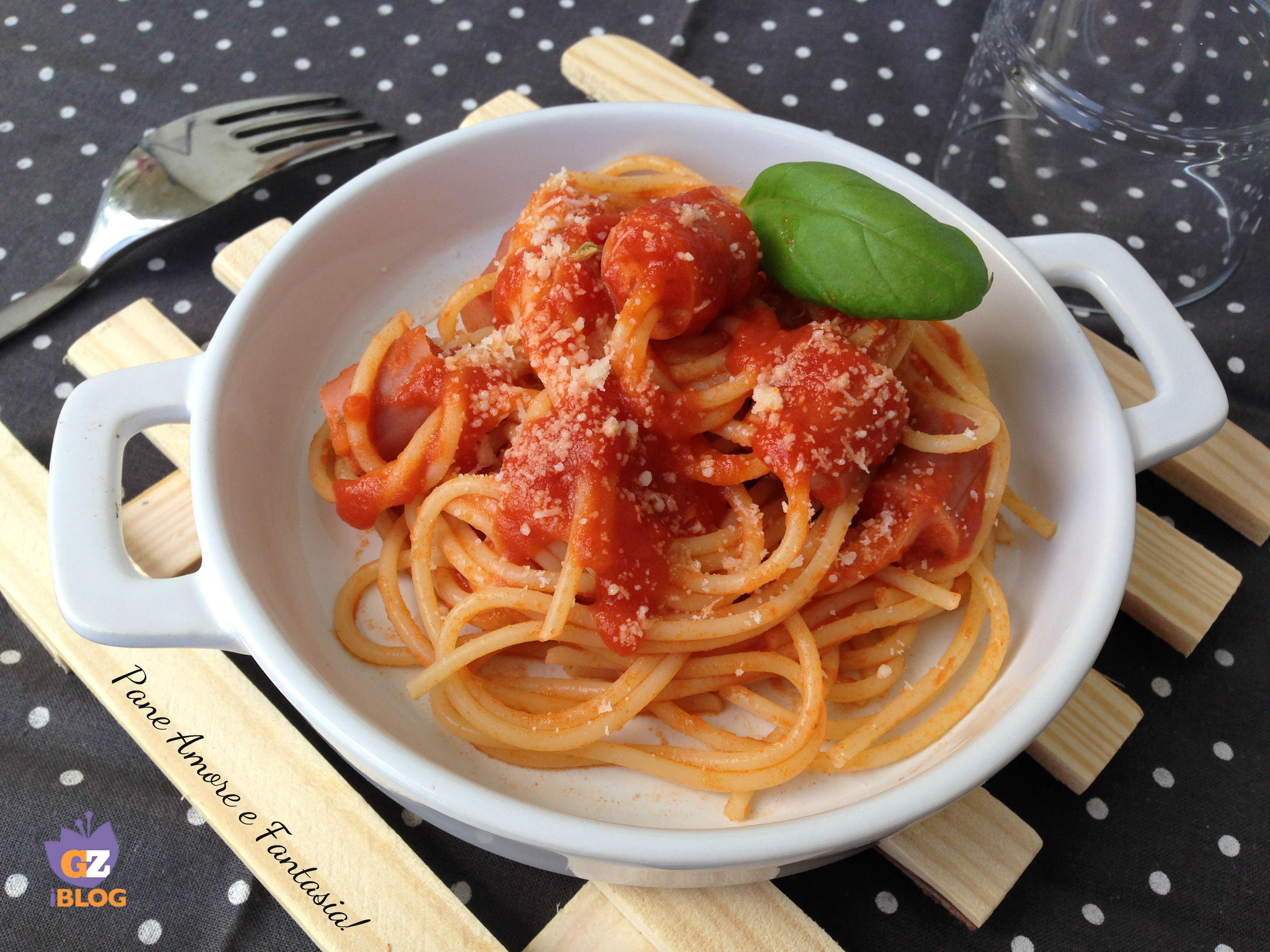 Spaghetti con wurstel infilzati pane amore e fantasia for Cucinare wurstel