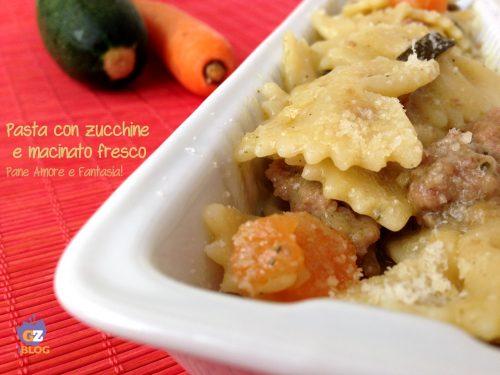 Pasta con zucchine e macinato fresco