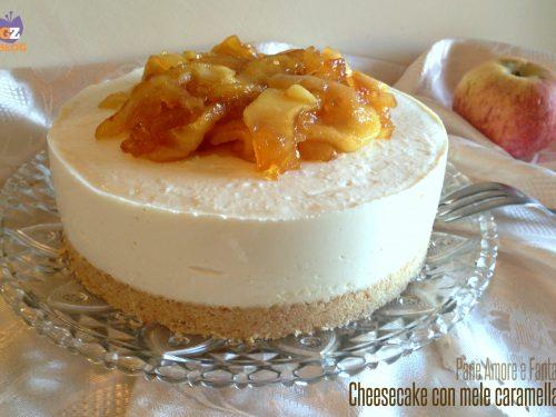 Cheesecake con mele caramellate – senza cottura