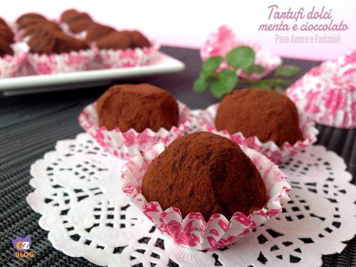 Tartufi dolci di cioccolato alla menta