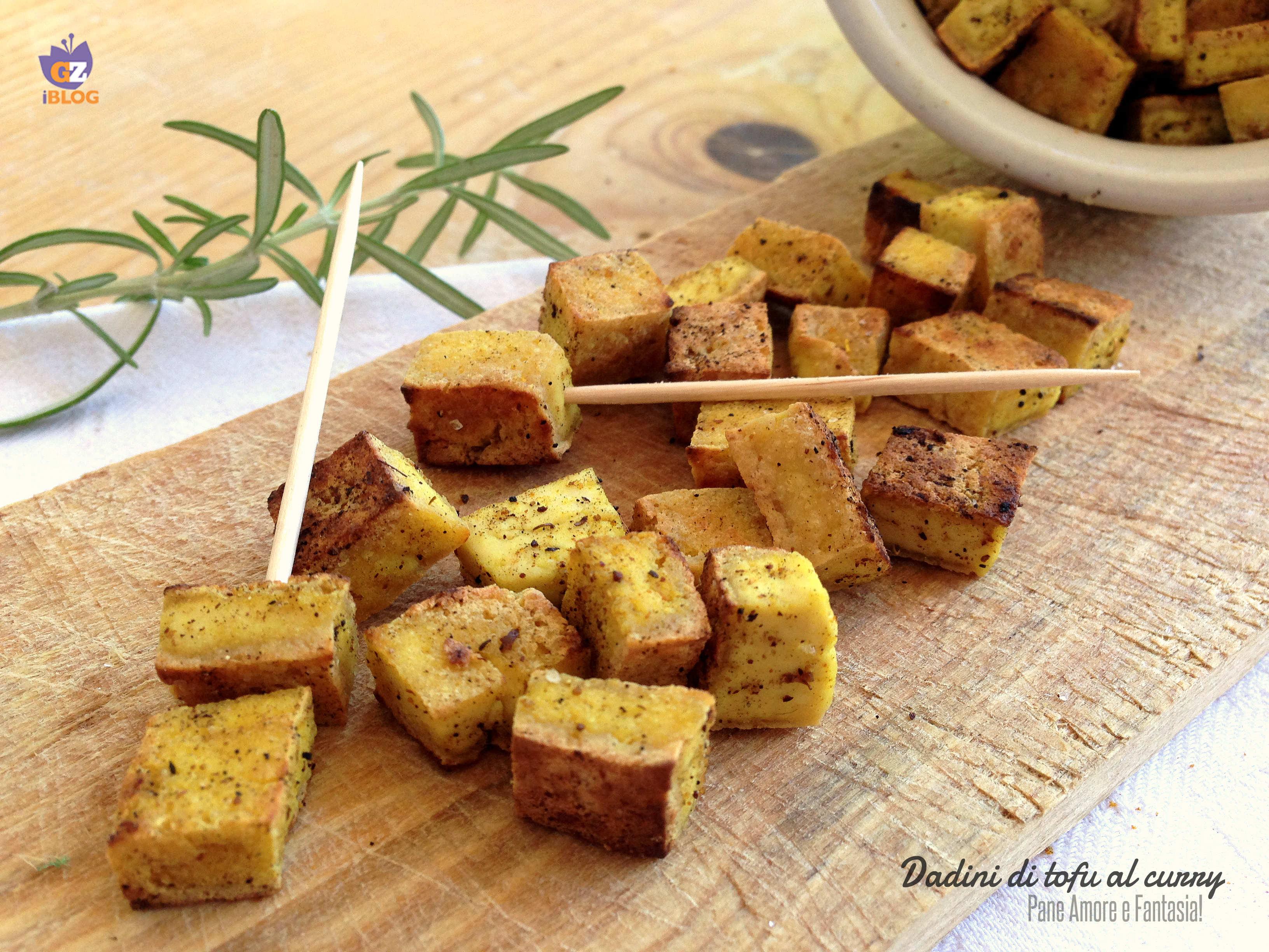 dadini di tofu al curry