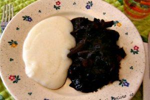 Seppie in nero con polenta