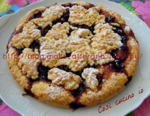 Torta di marmellata di ciliegie