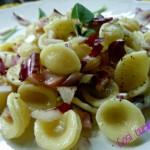 Orecchiette al radicchio rosso e pancetta affumicata (ricetta veloce)