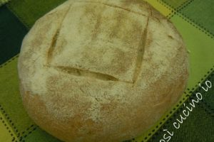 """Pane tipo """"Altamura"""" (ricetta con lievito madre)"""