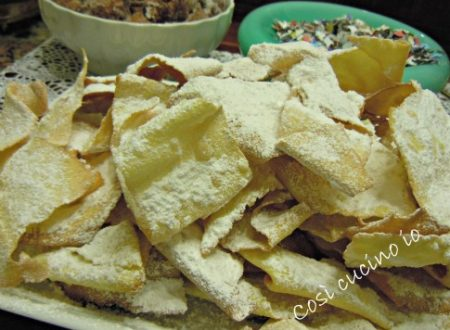 Giovedì grasso: fritoe venexiane e galani (tradizione veneziana)