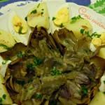 Carciofo romanesco al vapore con patate e uova sode