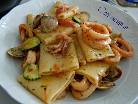 Paccheri vongolo calamari zucchine ricetta primi piatti for Ricette primi piatti di carne