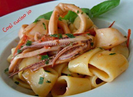 Calamarata piccantina, ricetta primi piatti