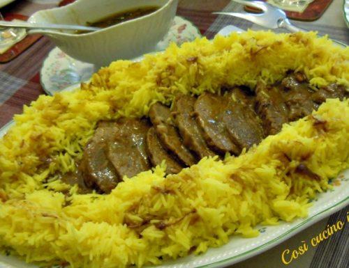 Stracotto di manzo e riso basmati allo zafferano, ricetta piatto unico