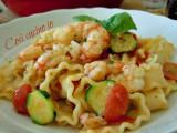 Reginette gamberi zucchine e datterini-Così cucino io
