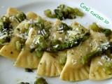 Ravioloni agli asparagi e scamorza affumicata-Così cucino io