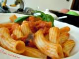 Rigatoni speck, pomodoro e basilico-Così cucino io